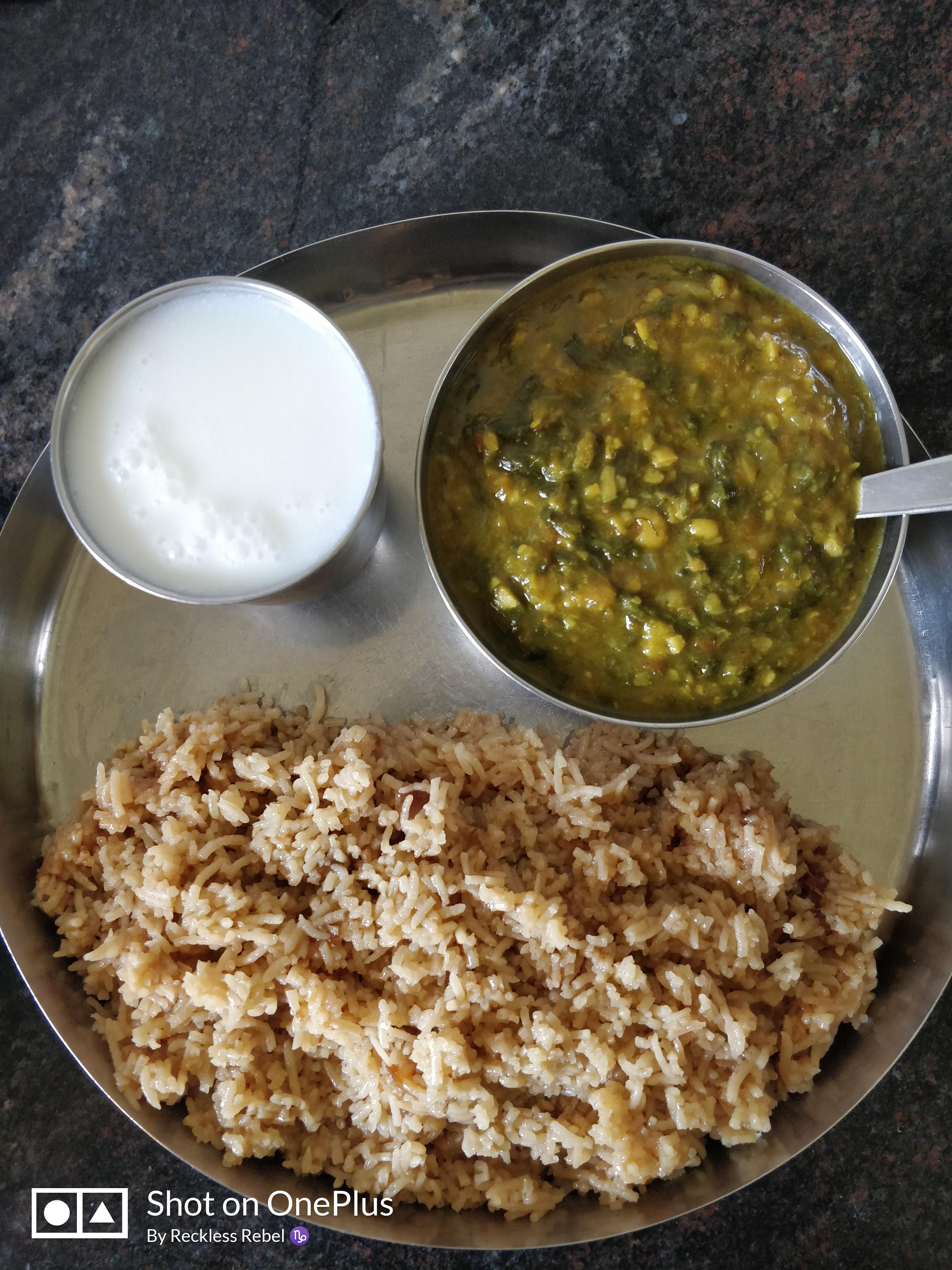 Palak Dal, Onion Rice & Buttermilk